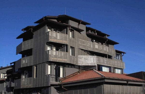 Nyt hotel m. halvpension og liftkort i Bansko